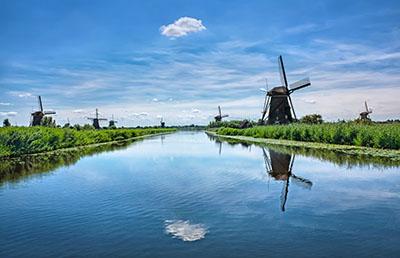 Windmills of Kinderdijk (color)